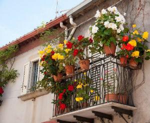 enna-balcone-fiorito-2-300x246